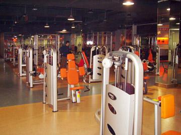 http://www.chutiangift.com/uploads/140618/5-14061Q1531B50.jpg_chutian court fitness club