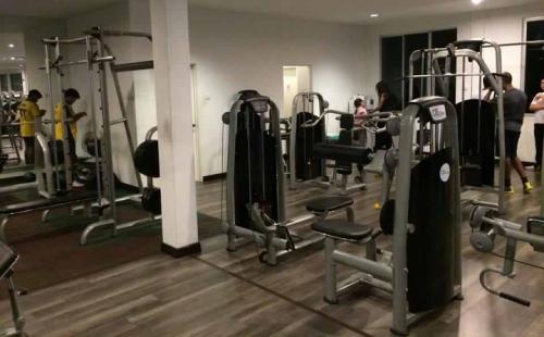 300㎡专业健身房配置方案