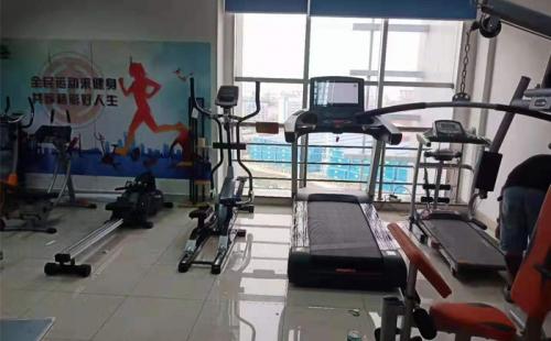广州南沙港口岸大厦健身房