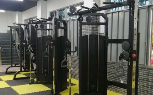 海南陆军预备役步兵师炮兵团健身房
