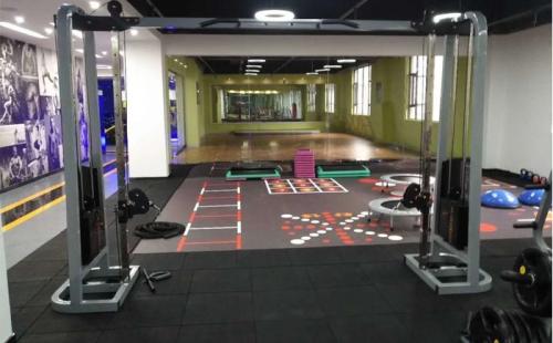带你了解健身房用途最多的健身器械!