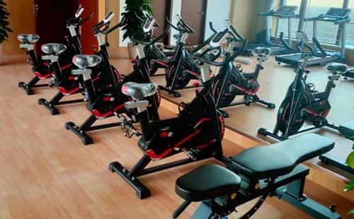 北京顺义某国企单位健身房