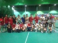 嘉纳斯健身器材与奥冠皮革羽毛球联谊赛
